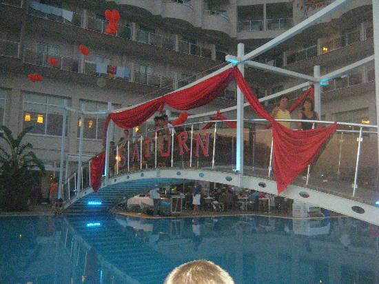 Saturn Palace Resort: Love night