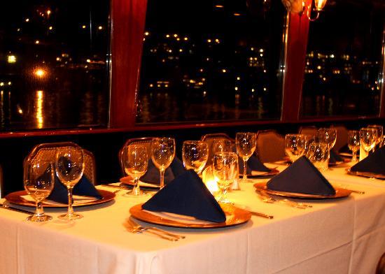 Waterways Cruises: Dinner Table
