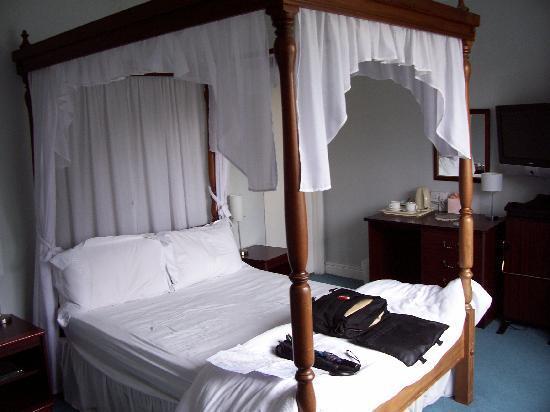 Photo of Shaw Country House Hotel Melksham