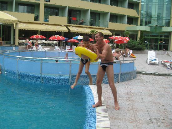 MPM Kalina Garden: The pool 3