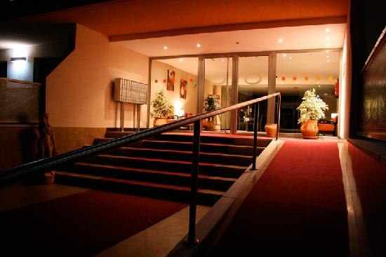 Apartamentos Albir palace: Entrance