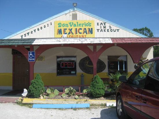 Don Valerios: Roadside restaurant