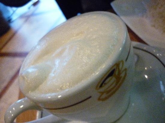 Madam Kay's Platz Cafe: Hot vanilla