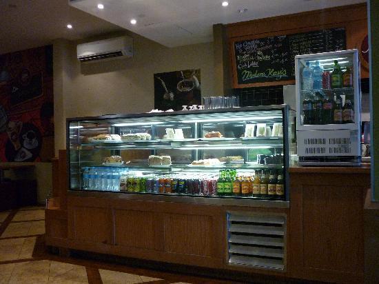 Madam Kay's Platz Cafe: The counter