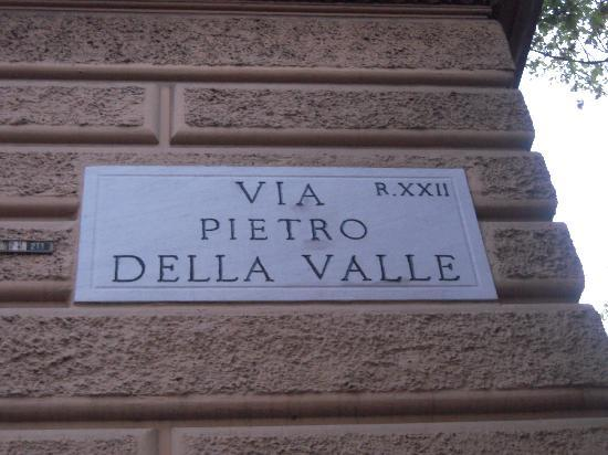 Sotto il Sole di Roma : Located on this street