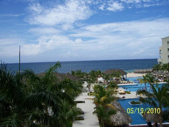 Iberostar Grand Hotel Rose Hall : view from a veranda