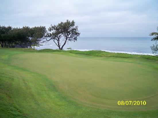 Coral Cove Resort: 2nd hole