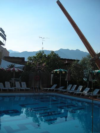 Ambienthotel Luna Rossa: The hotel pool