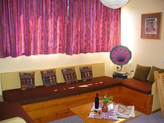 Σολάρις Κρήτη Ξενοδοχείο Διαμερίσματα: gemütlicher Wohnraum