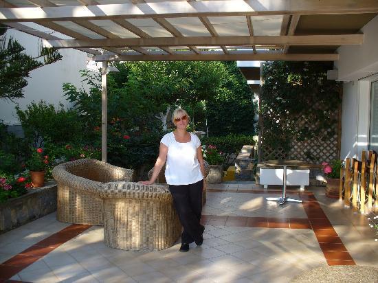 Creta Solaris Hotel Apartments: Terrasse vom Creta Solaris