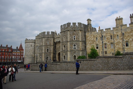 The Wee Waif: Windsor Castle
