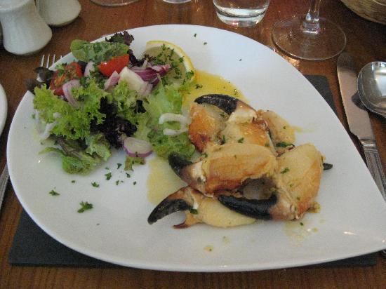 Mitchell's Restaurant: The crabs claw starter