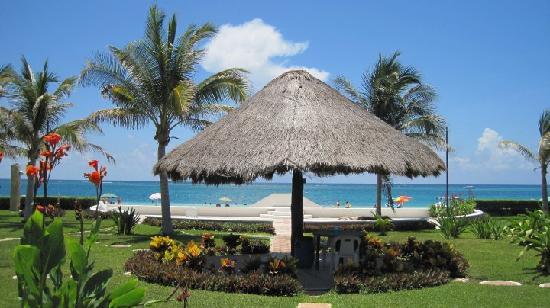 Villas Playasol : view from the condo complex