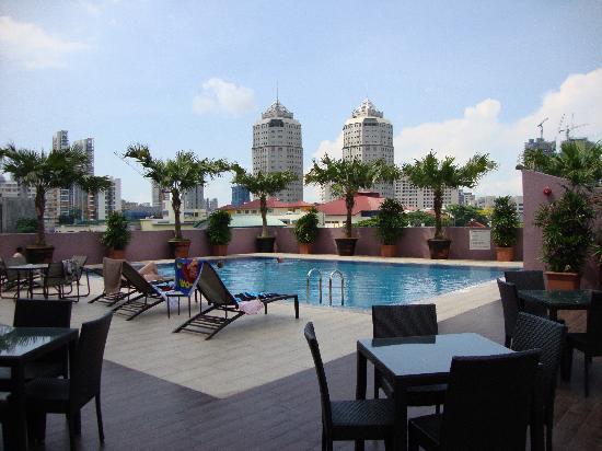 Balestier, Singapore: pool