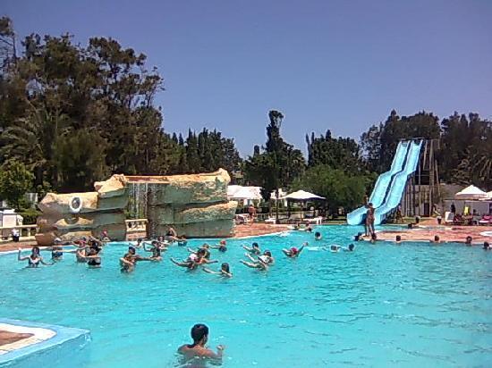 Bousten Long Beach Club: piscine