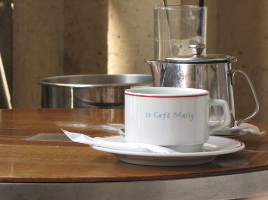 Cafe Marly: coffee cup