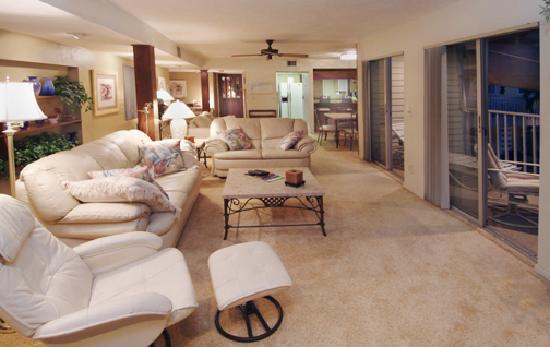 Beach Shell Inn: Two Bedroom Apartment