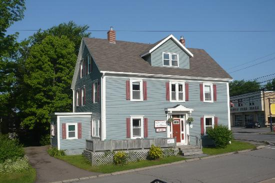 Pictou, Canadá: The Inn from Outside
