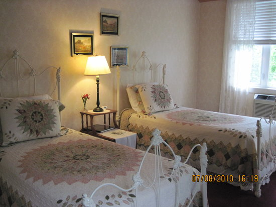 Haven River Inn: Twin room