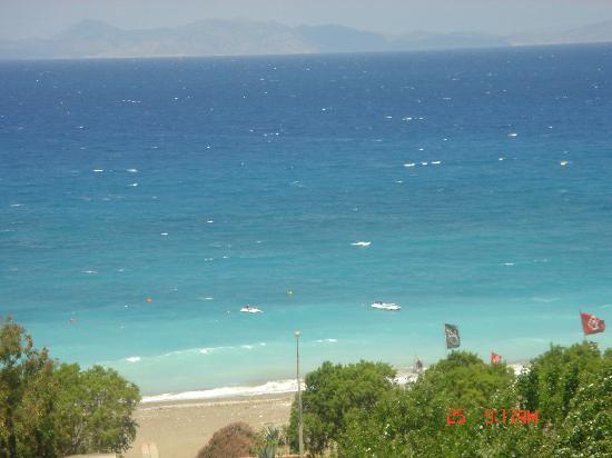 Capsis Hotel Rhodes : The beach