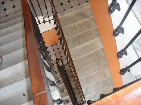 Hotel Wilson : All the stairs, 65 of them!