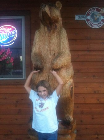 Bear Paw Outdoor Adventure Resort: Outside the Bear Paw