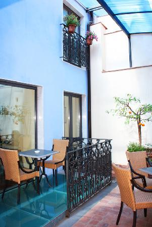 Rigel Hotel: HR Catania-Court-yard