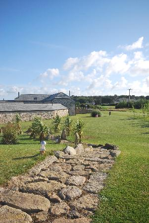 Gonwin Manor Cottages: outside space