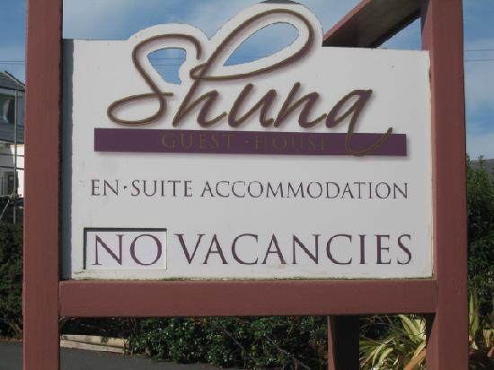 Shuna Guest House : The sign says it all...FULL!!!