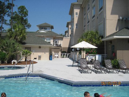 Hilton Garden Inn Hilton Head: Pool area