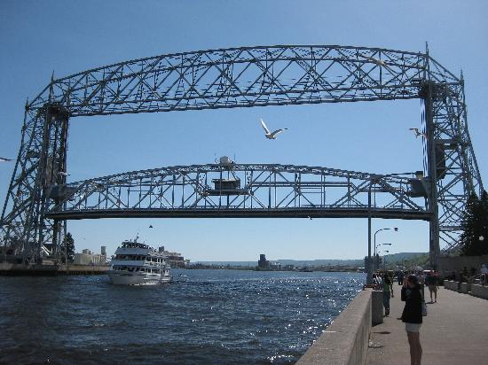 Duluth, MN: The lift bridge letting the boats pass underneath.