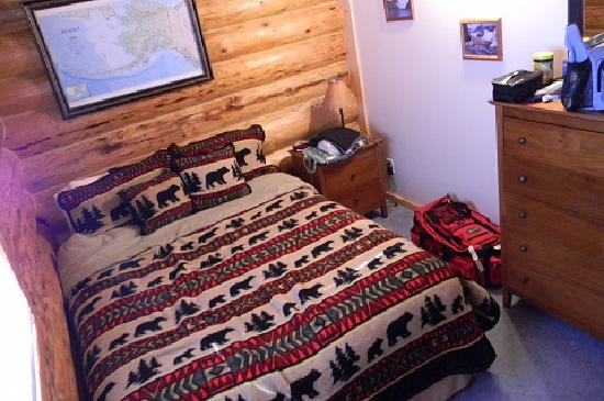 Bear Paw Lodge: Queen room