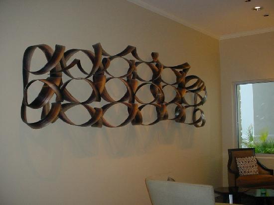One Ocean Resort & Spa: Nice artwork throughout the hotel