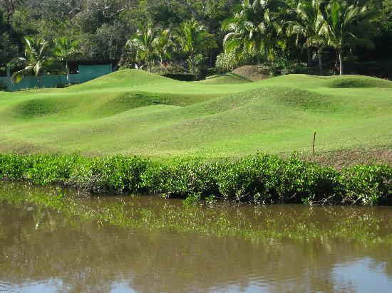 Marina Ixtapa Golf Club: get used to these carries...