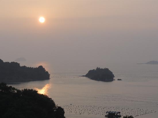 Kameya Hotel Hana-Tsubaki: 松島に沈む夕日がきれい