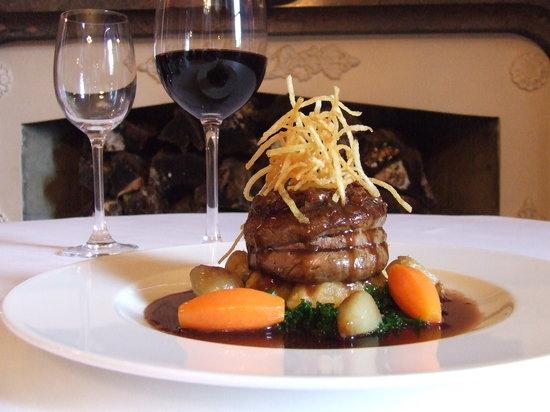 Queen Anne Restaurant: Fine dining