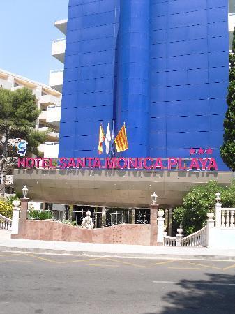 Santa Monica Playa: Front Of Hotel