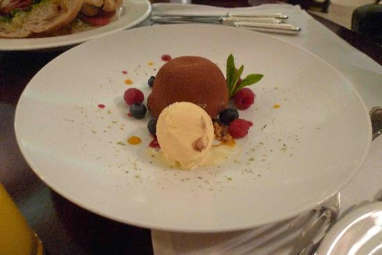 The Langham, Sydney: Chocolate mousse