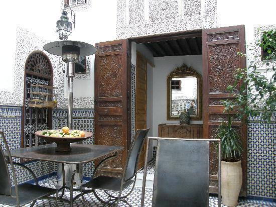 Riad Boujloud: Interior del patio