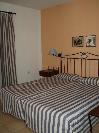Aktea Beach Village: bedroom of apartment