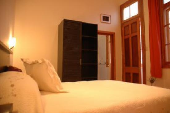 Hotel Da Vinci Valparaiso: Habitacion