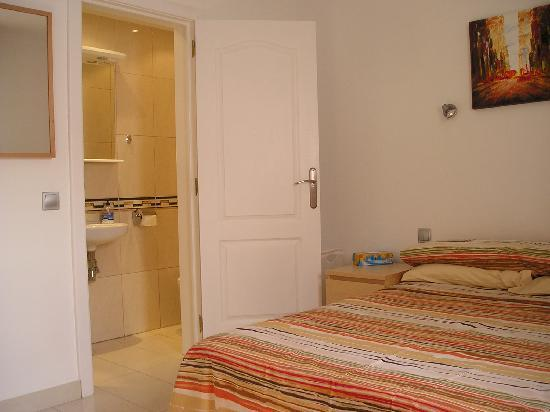 Jardin Golf Guesthouse : Typical Bedroom