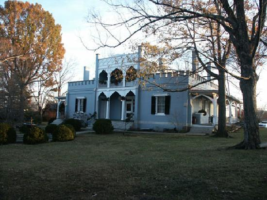 Colombia, TN: The Athenaeum Rectory