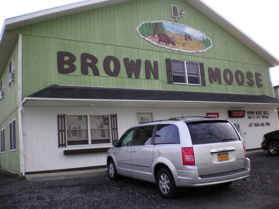 Brown Moose Motel