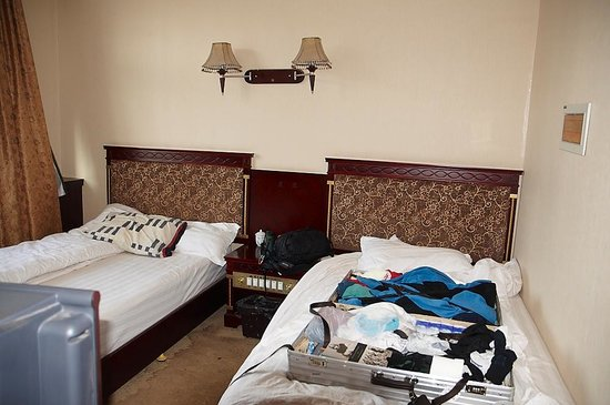 Nangchen County, China: Double room interior