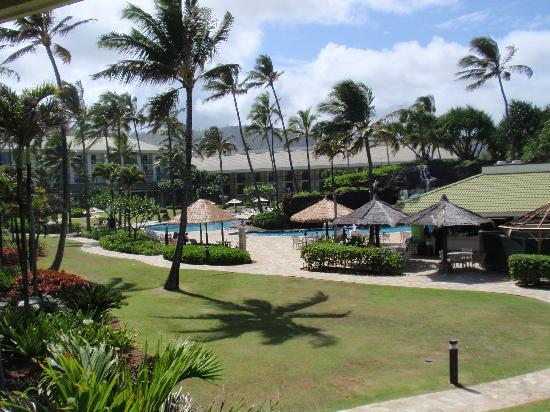 Kauai Beach Resort: grounds from room
