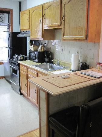 Upper Yorkville Suites : La cuisine