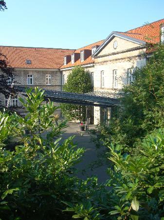 Novotel Hildesheim: Hoteleingang von meinem Zimmer