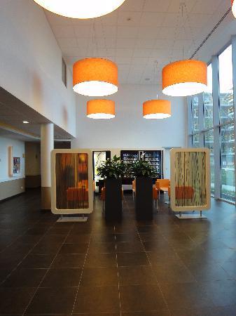 Hotel Ibis Budget Brugge Centrum Station: Lobby