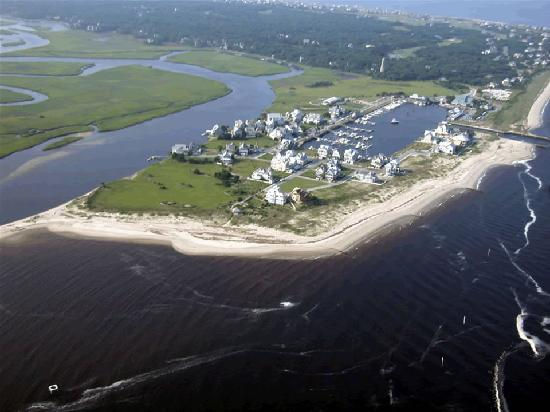 Marsh Harbour Inn: Aerial View of The Bald Head Island Harbour